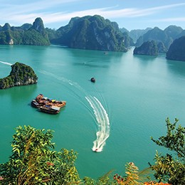 AU CO Cruises - Halong Bay in Focus